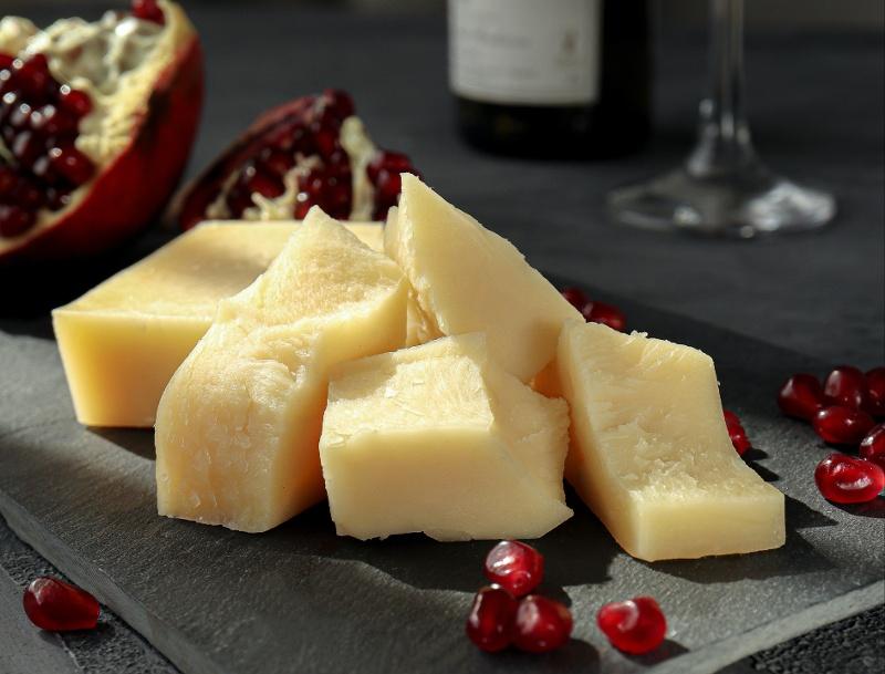 Hard_cheese_unsplash-1