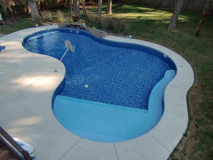 Mountain lake vinyl liner swimming pool