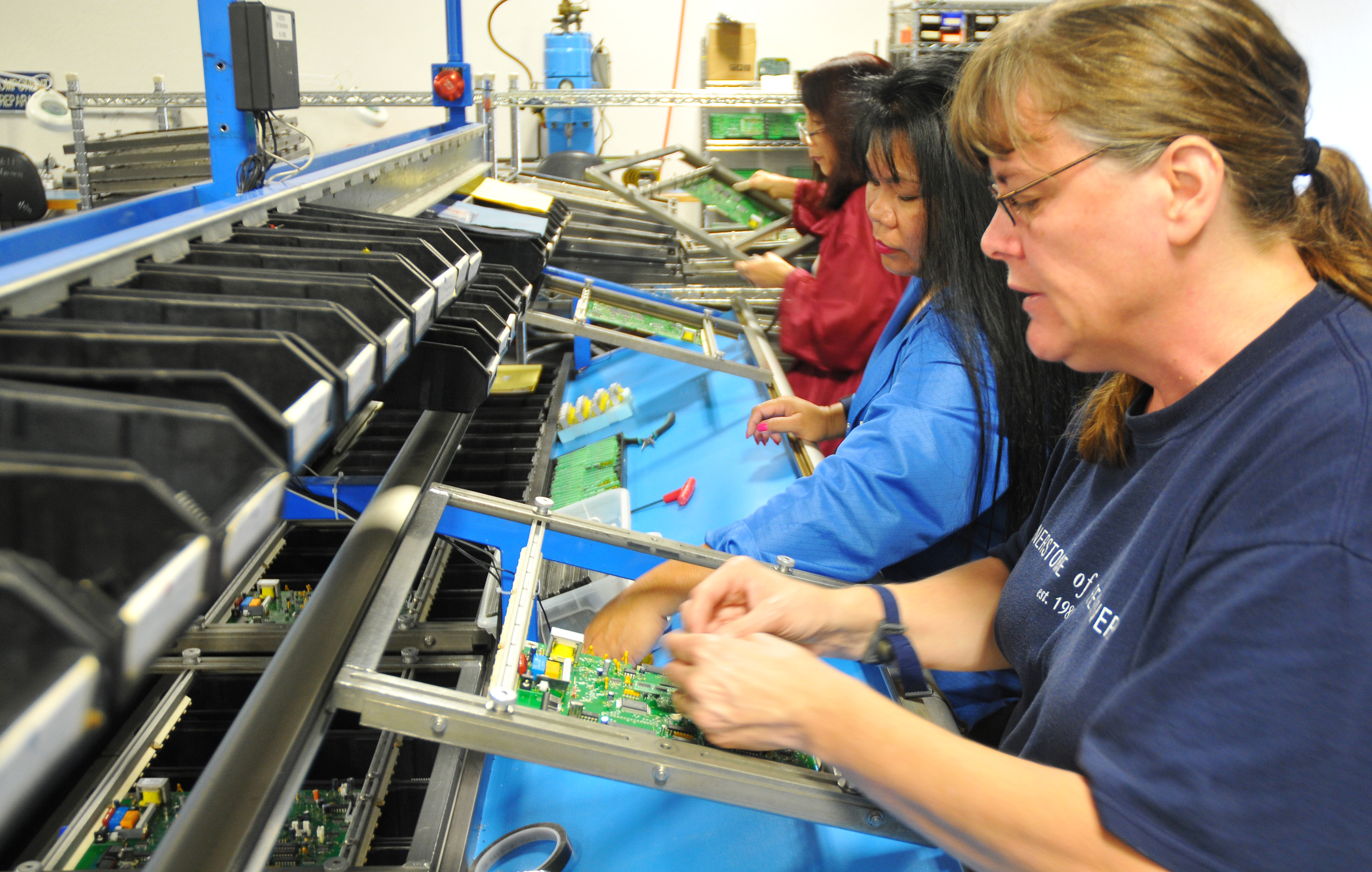 Electronic Assembly Service : Contract electronics manufacturing providing you