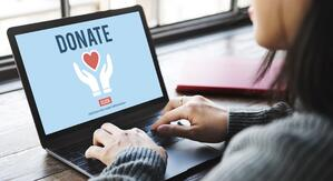 donate-on-computer