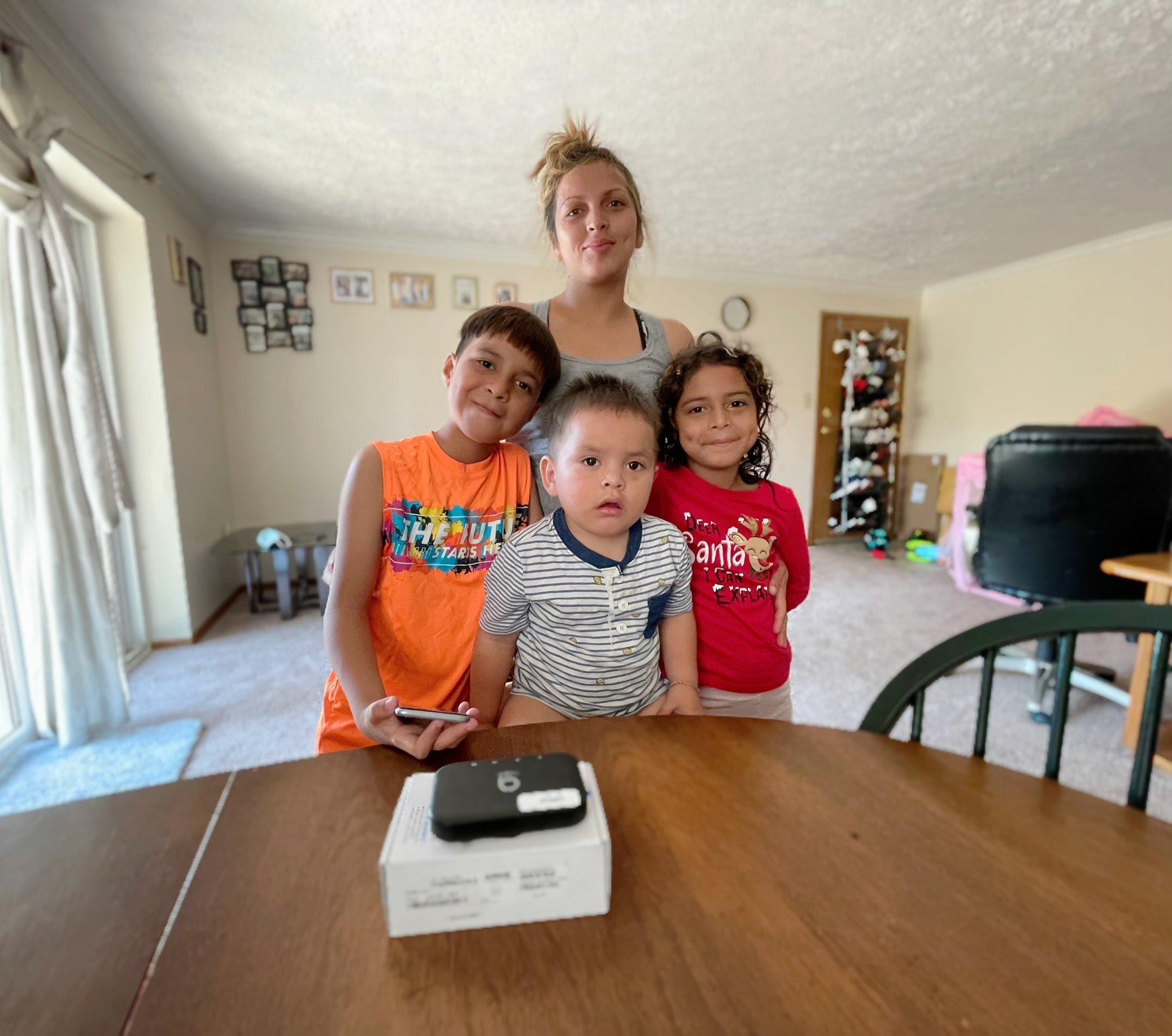 Sarai Santos Family Hispanic End-User (2)