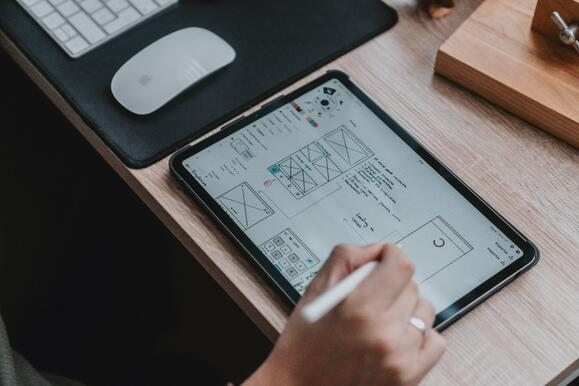 The Importance of Collaboration Between Designers & Developers for Successful UX Design