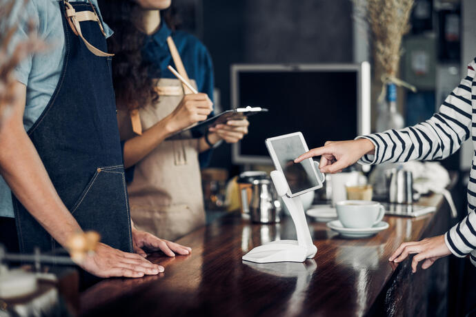 5 Innovative Technologies Changing the Restaurant Game