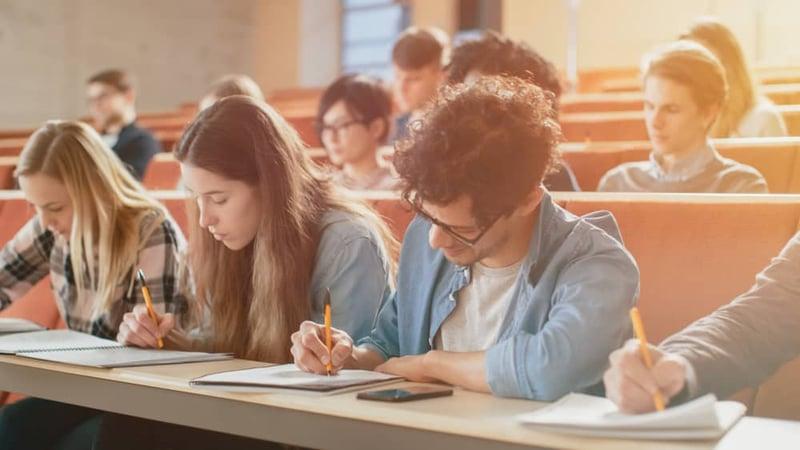 Estudiaen UVM y obtén doble titulación enNationalLouisUniversity