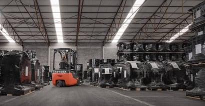 Chariots frontaux électriques et transpalettes électriques Toyota à MSI Services pour les opérations de transport