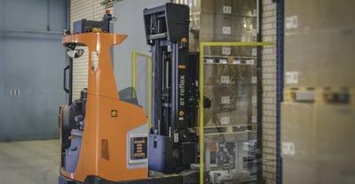 Chariots automatisés à mât rétractable Li-ion | Toyota Material Handling