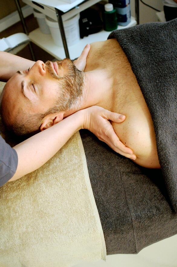 Separovic Injury Lawyers Man Getting Treatment on his Injured Neck