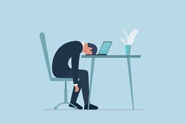 3 tips om jonge talenten niet weg te laten zakken in het thuiswerkmoeras