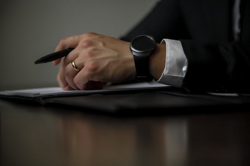 Employee Handbooks: Non-compete and Non-disclosure Agreements