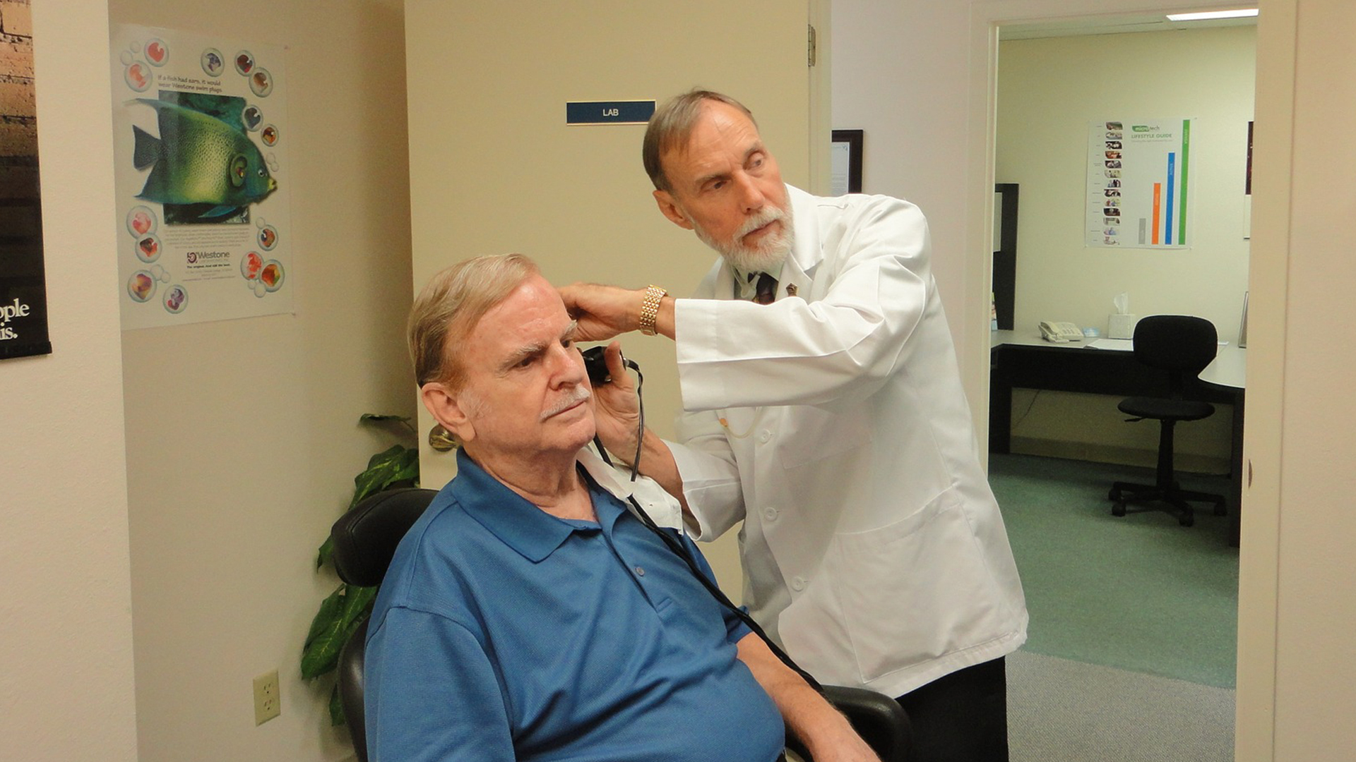 Audiologists and Hearing Instrument Specialists: What You Need to Know