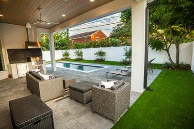 patio artifical turf pool pergola column 6