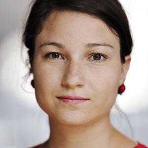 Caroline Cabezas