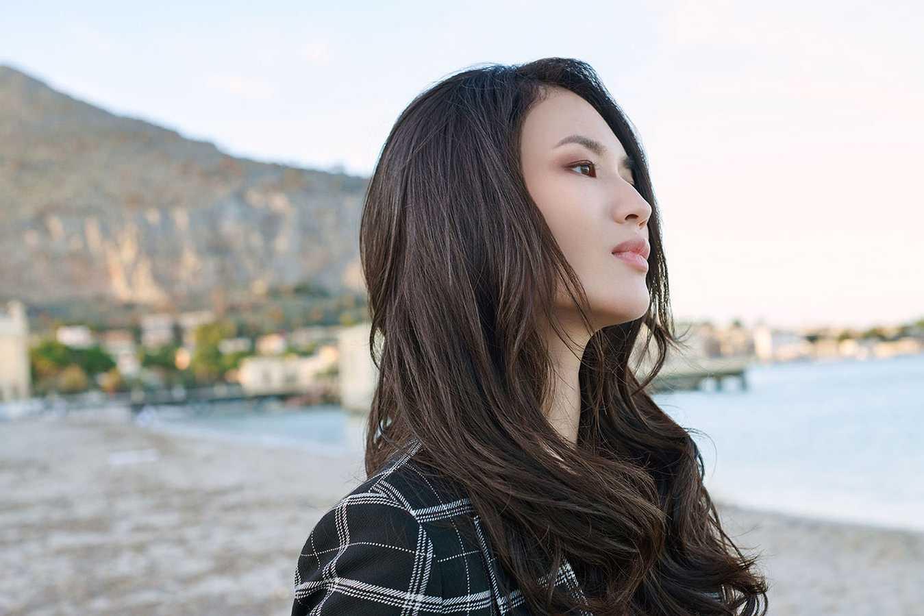 Immagini di acconciature con extension per capelli