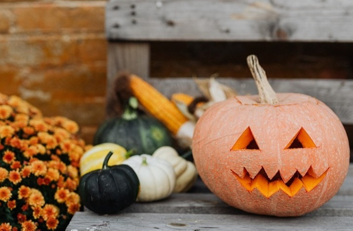 Fun ways to celebrate Halloween 2020 in your student accommodation