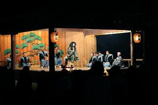 【両津地区】佐渡市両津にある椎崎諏訪神社の薪能