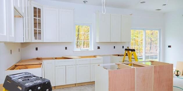 Tips for Living in Your Home During a House Renovation in Florida
