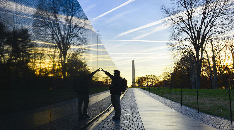 Dataminr Honors Veterans Day and Military Family Month