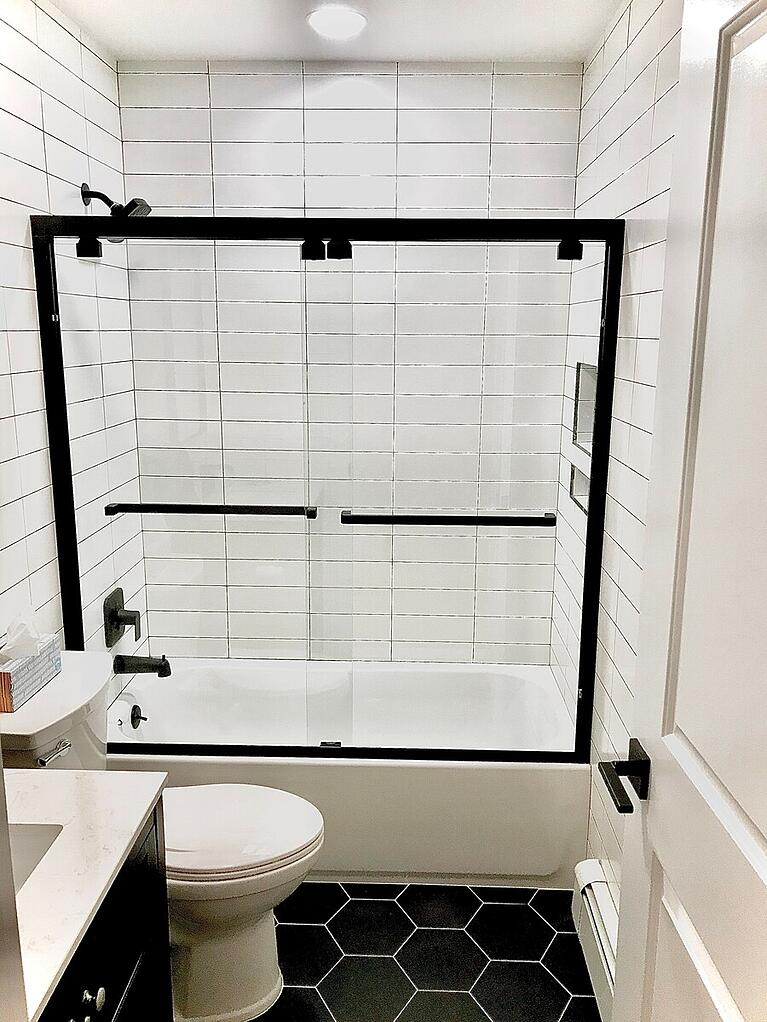 Black and White Bathroom Ideas for 2020