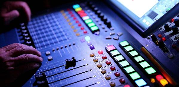 5 Consejos para la gestión óptima del equipo de sonido en eventos