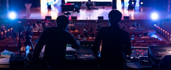 Alquiler de equipos para eventos: sonido, iluminación y vídeo
