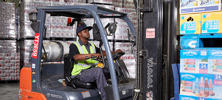 How to Prevent Common Injuries When Using Forklifts