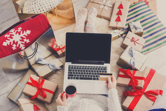 Tune Your Credit Union's Credit Cards to the Sound of Holiday Cheer