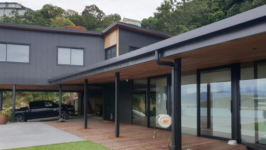 Tips for choosing the right colour and finish for aluminium joinery