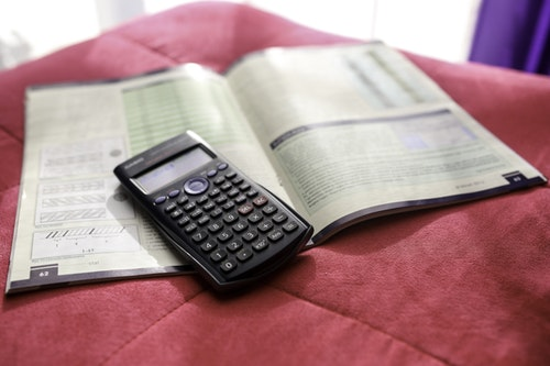 Five Last-Minute Moves to Lower Your 2015 Tax Bill