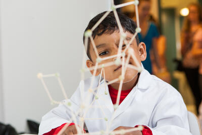 Kide Science partners with Fable Street and Curiosity Edulab LLP in India
