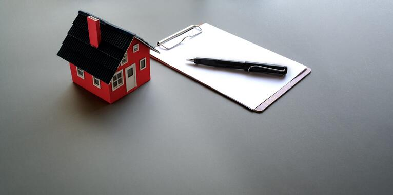 Flipping Vs Renting [Views From an Expert Lender]