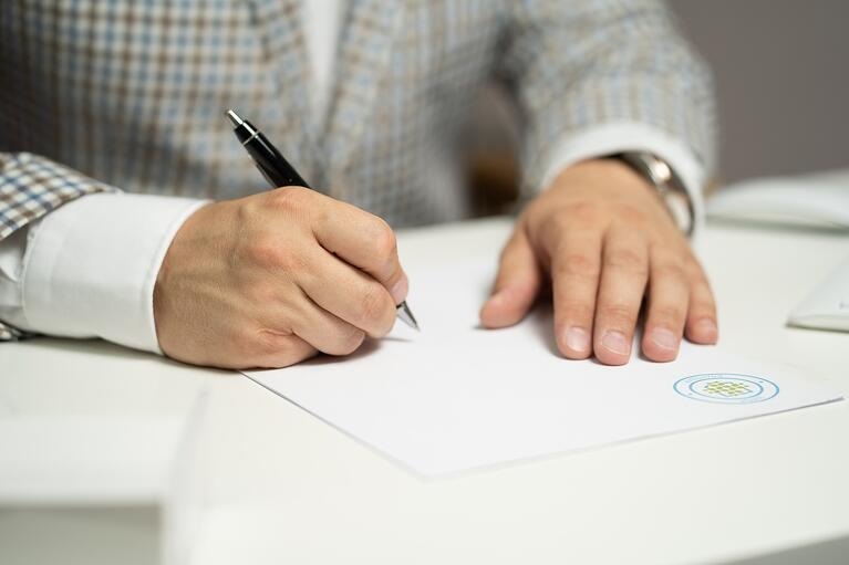 Real Estate Trust vs LLC: A Guide to Using Each