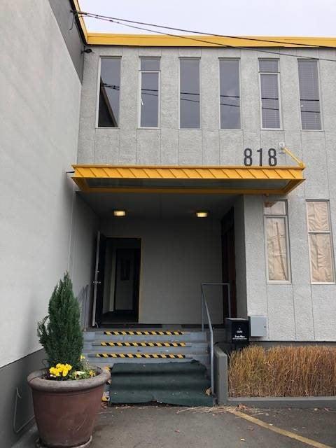 818 S. Dakota Industrial Building
