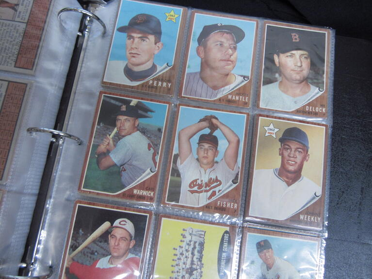 Buying a 1962 Topps Collection During a Pandemic