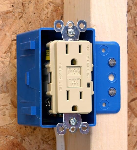 gcfi outlet installation