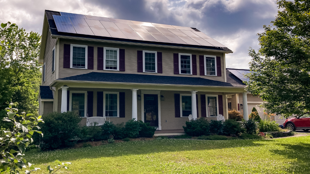 Solar Lease vs Buy: What to Know