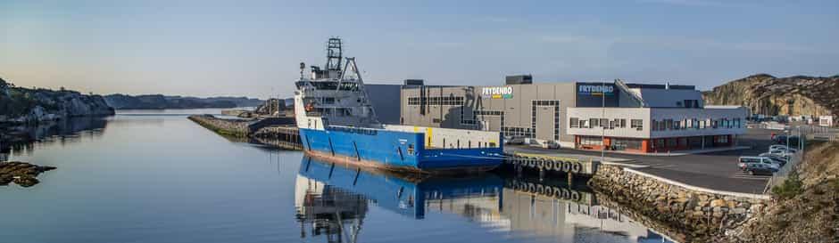 hanøytangen redigert blå båt uten plattform