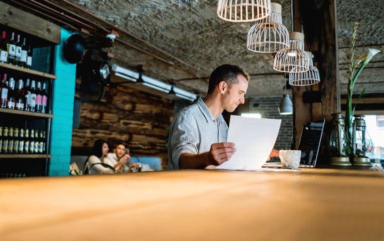 How to Schedule Restaurant Employees