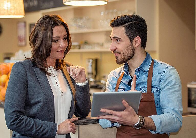 How Connecting Your POS and Waitlist System Can Improve Host Performance – And Your Bottom Line
