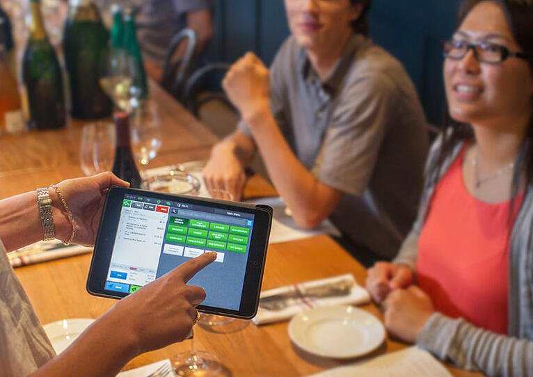 Why a Mobile POS Means Restaurant Success