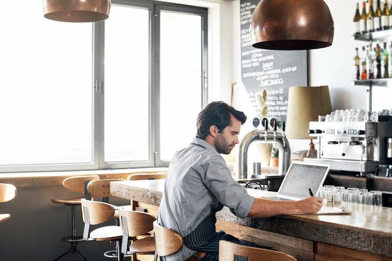 Using Restaurant Analytics to Improve Your Profits