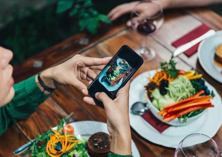 10 Instagram Hacks for Your Restaurant