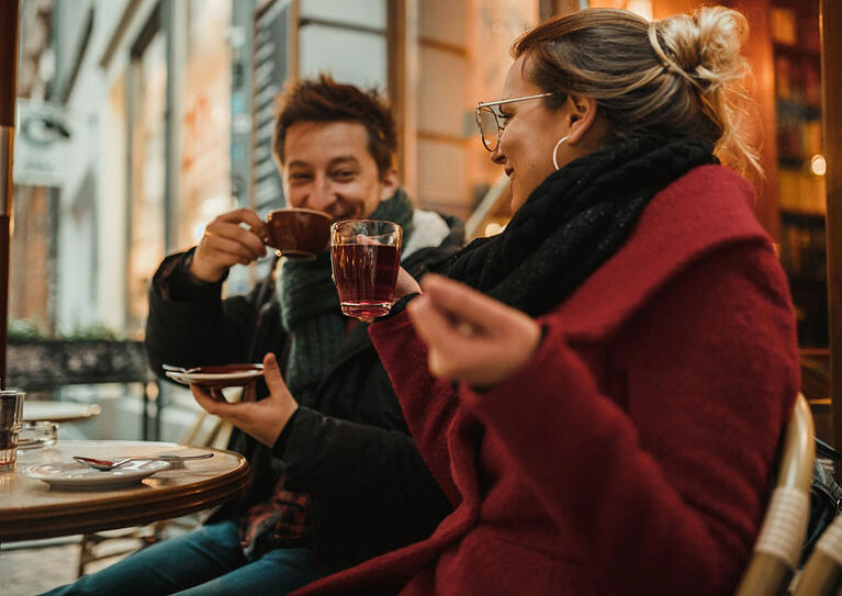 How to Prepare Your Outdoor Seating Area for Cold Weather