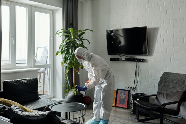 Our cleaning specialists bring the right equipment and expertise to crime scene up clean up in san diego