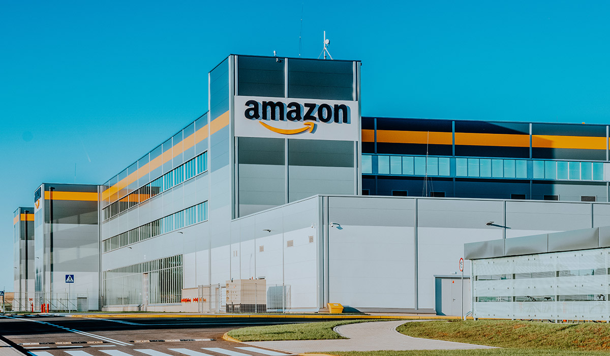 What does the opening of the Amazon logistics center in Yucatán mean?