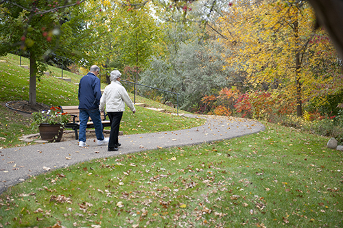 Care Suites Edina Residents on a Walking Trail
