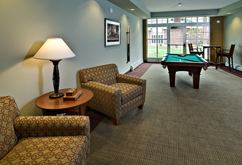 Highview Hills Pool Table Lounge