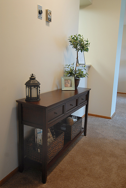 Place Model Apartment Entry