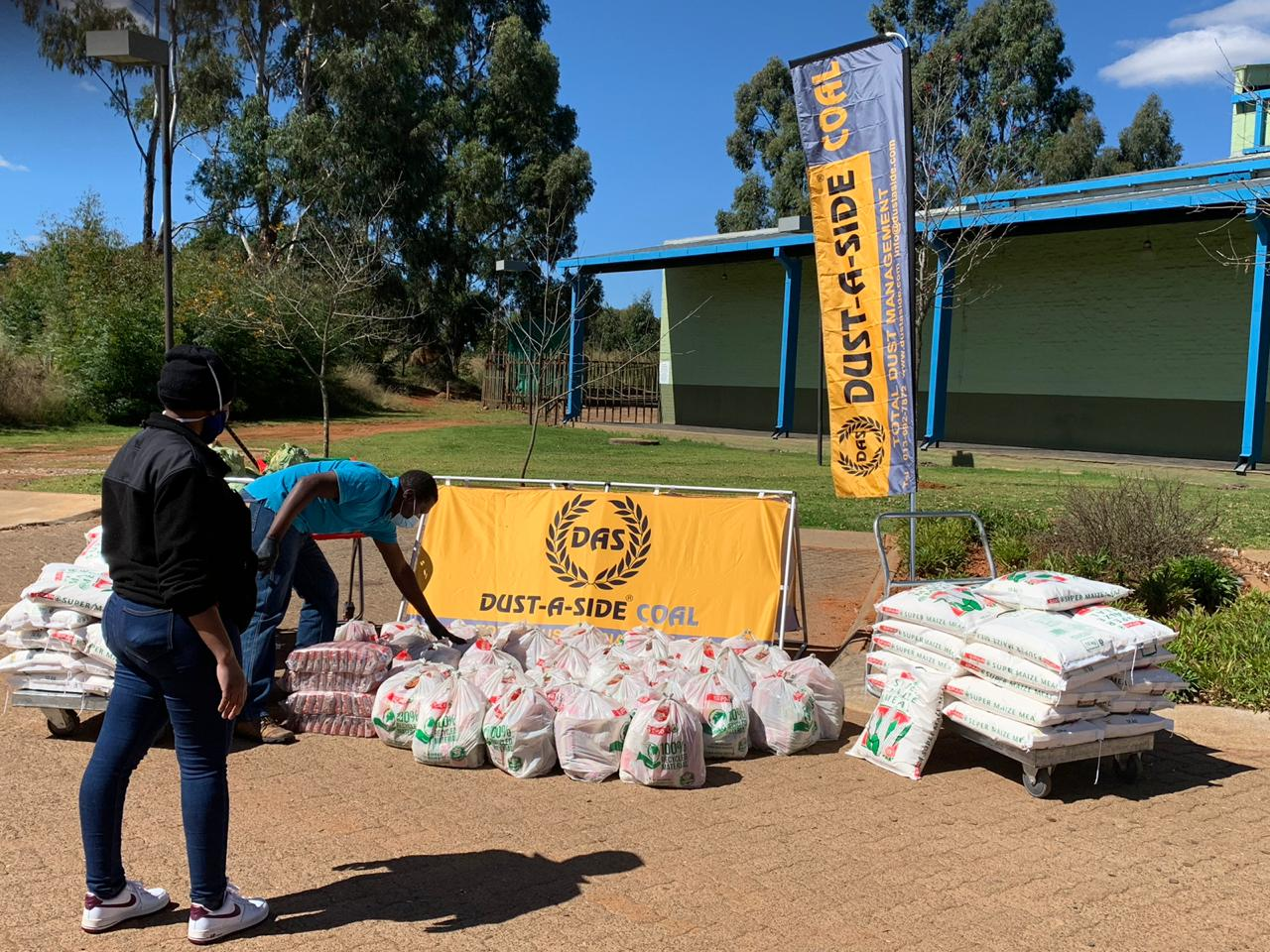 With the impacts of the COVID-19 pandemic continuing to be felt throughout South Africa, Dust-A-Side has taken action to help families in need.