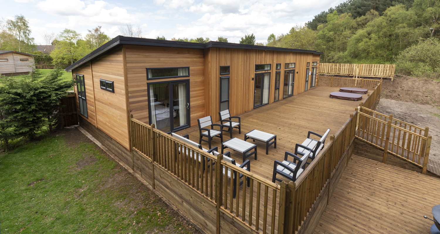 holiday lodge decking