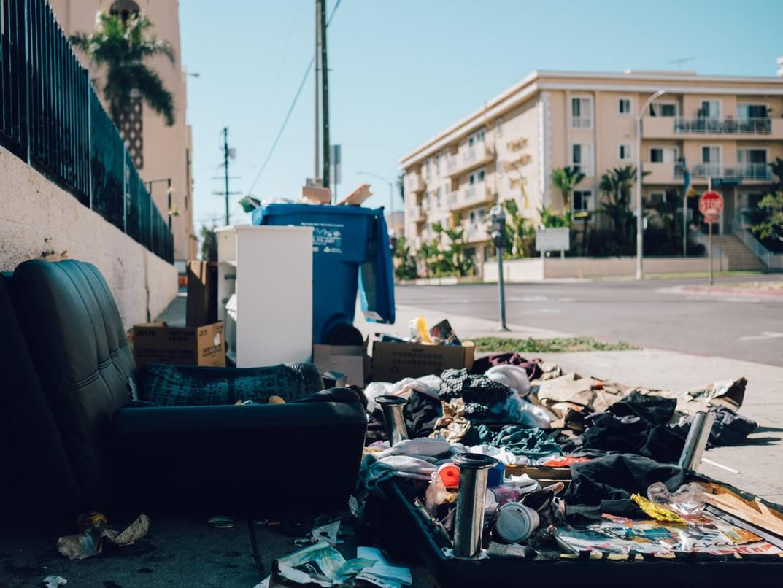 Gratis zum Mitnehmen – Geschenk oder illegale Entsorgung?
